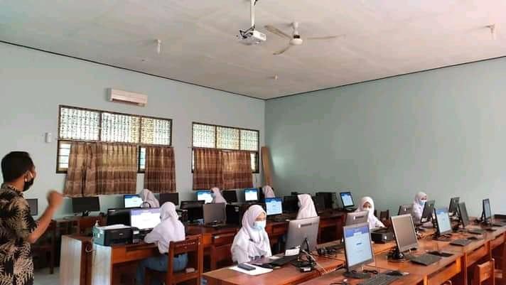 SMA Negeri 10 Purworejo Ikut Berpartisipasi dalam Ajang Kompetisi Sains Nasional (KSN) Tingkat Kota/Kabupaten